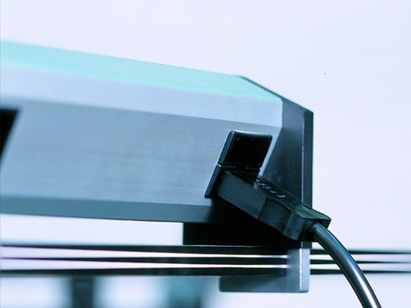 Großzügig 2 Schalter 1 Steckdose Fotos - Elektrische ...